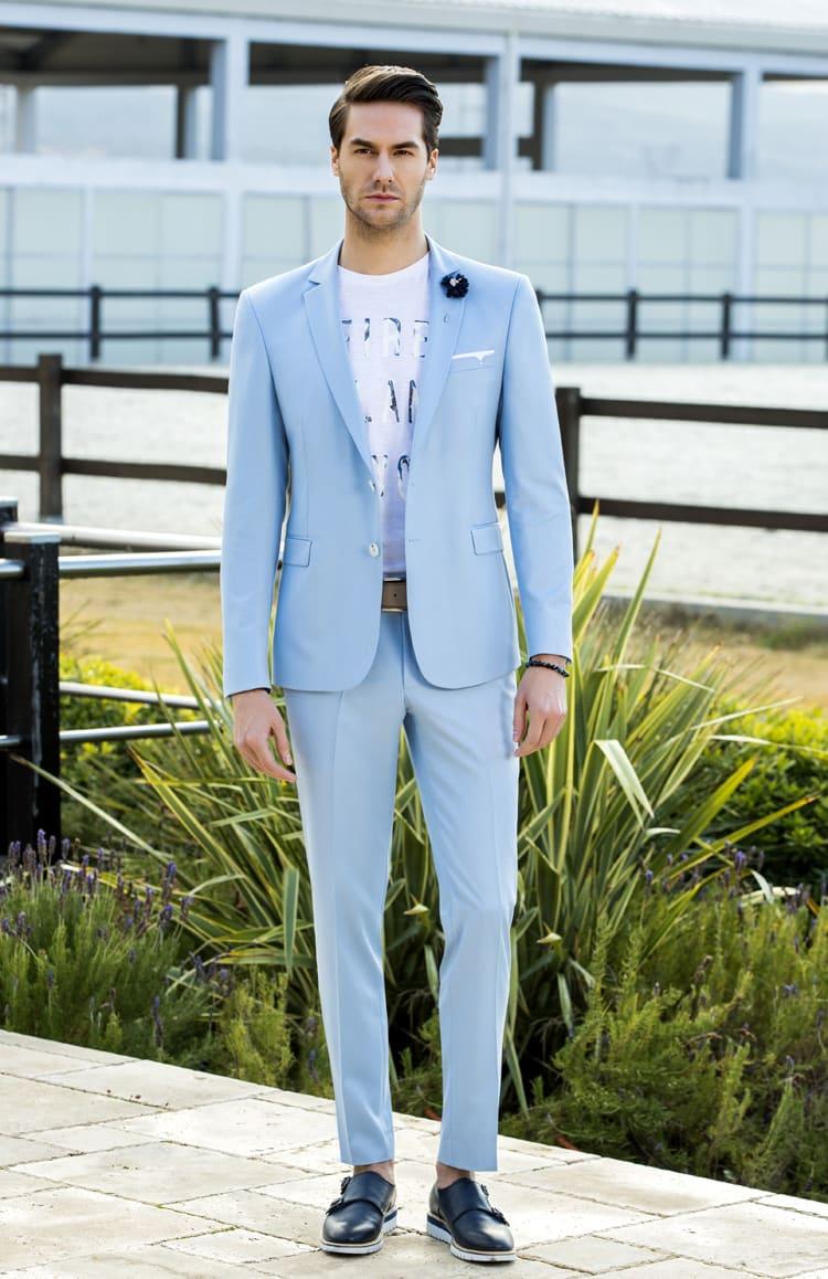 ▶▶Голубой мужской костюм с белыми деталями. ☎ +7 495 724 26 05 ▶▶ Свадебный центр Вега Ⓜ Петровско-Разумовская