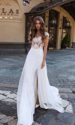 Прямое летнее платье