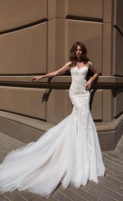 Платье «рыбка» с открытой спиной