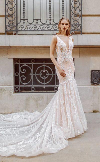 Персиковое платье «русалка»