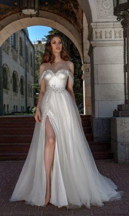свадебное платье с мягким блеском