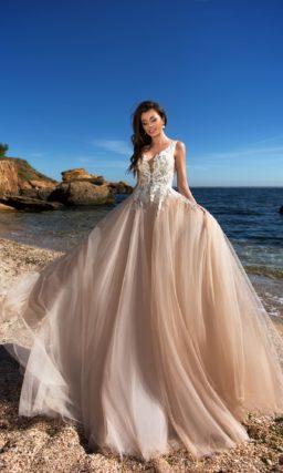Очаровательное свадебное платье без рукавов