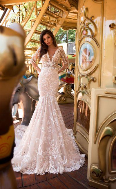 Стильное свадебное платье с заниженной талией