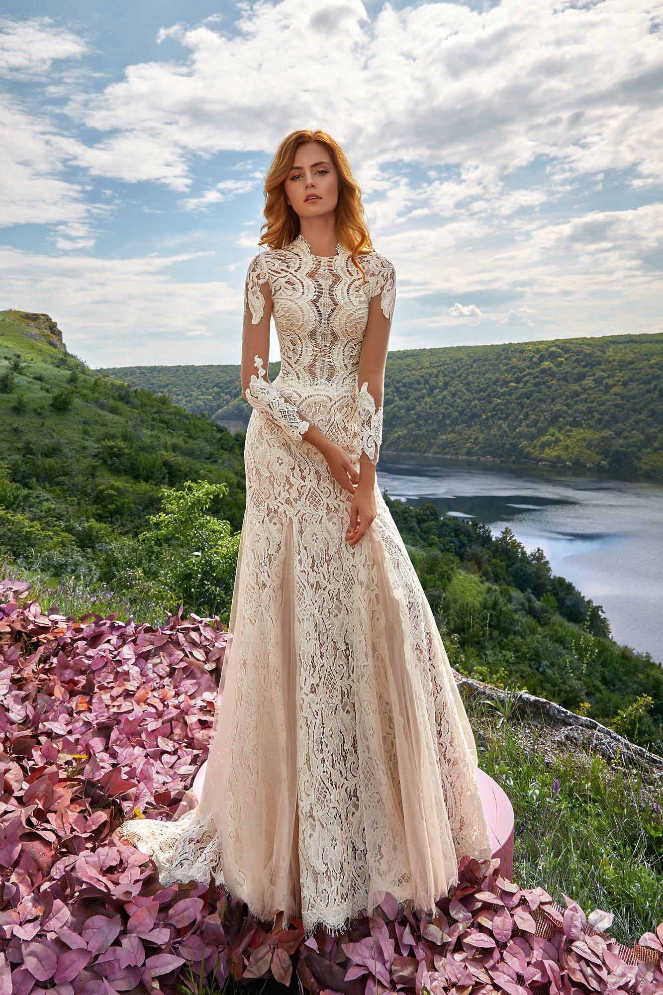8c2b69815aae288 Красивое кружевное свадебное платье Lorange Alia ▷ Свадебный ...
