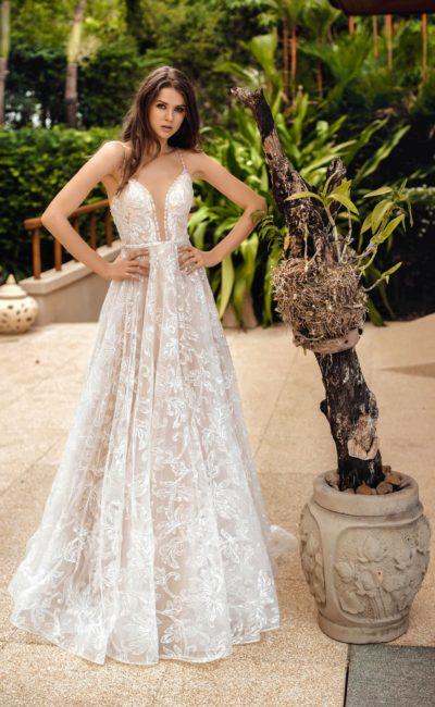 fb6cfe95125 Цветные свадебные платья ▷ купить в свадебном Торговом Центре Вега ...