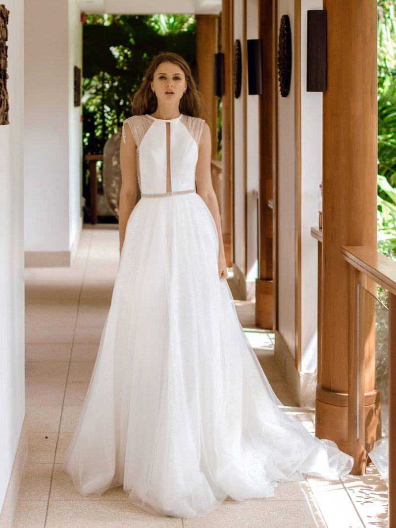 свадебное платье с мерцающей пышной юбкой