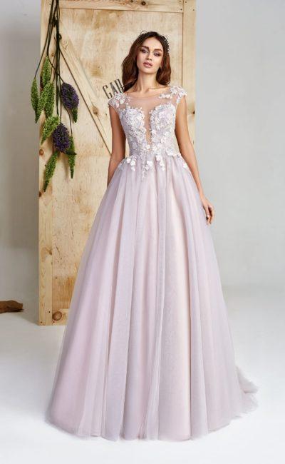 Платье лилового оттенка