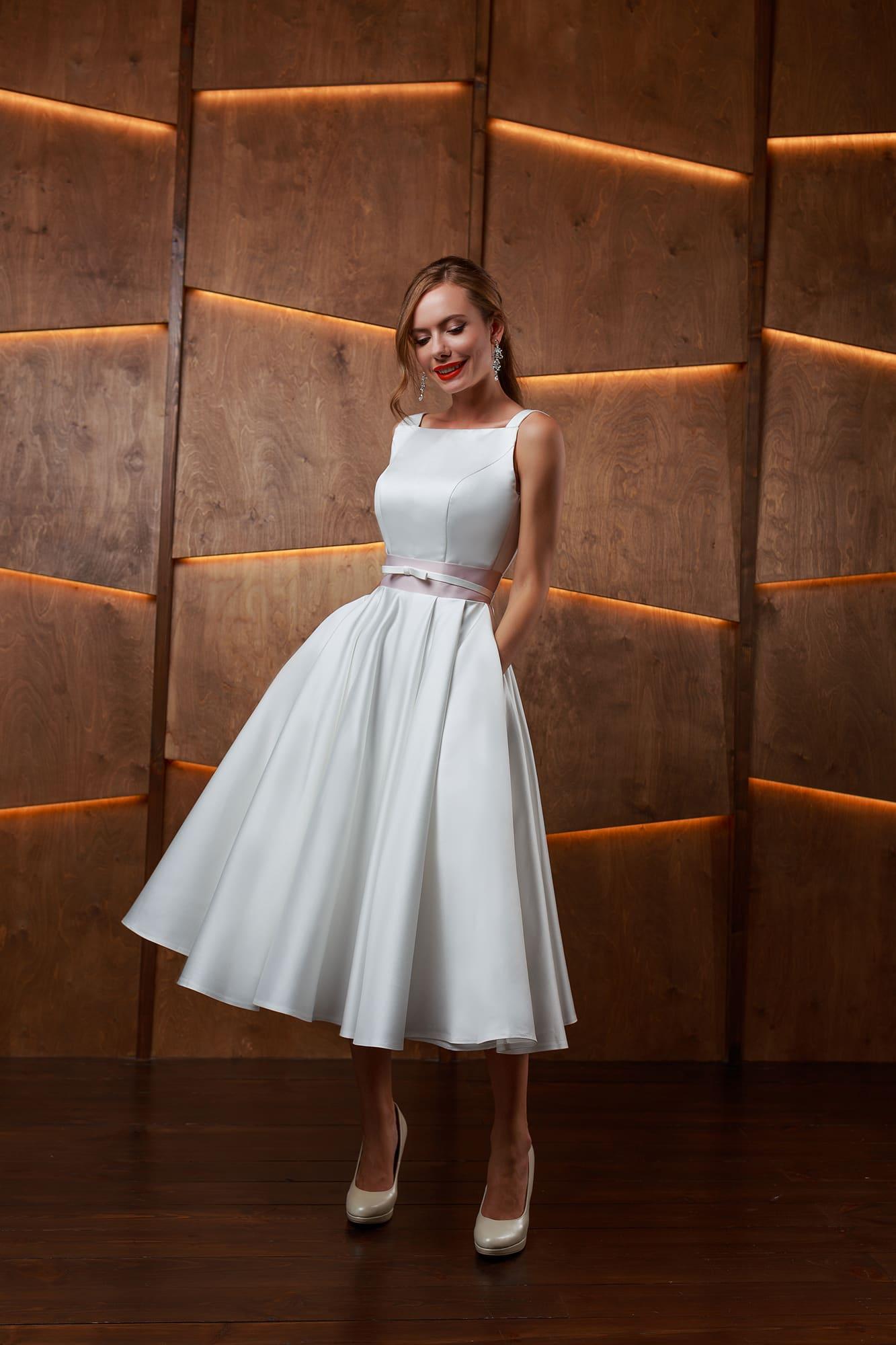 e4ce3c269aff487 Короткое платье с поясом Sellini Джесси ▷ Свадебный Торговый Центр ...