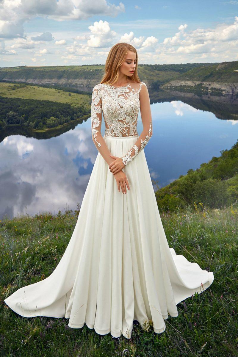 Женственное свадебное платье с А-силуэтом
