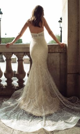 платье с облегающим кроем «рыбка»