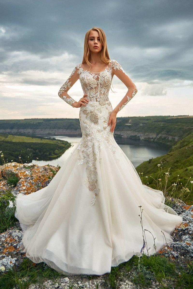 Свадебное платье с заниженной линией талии