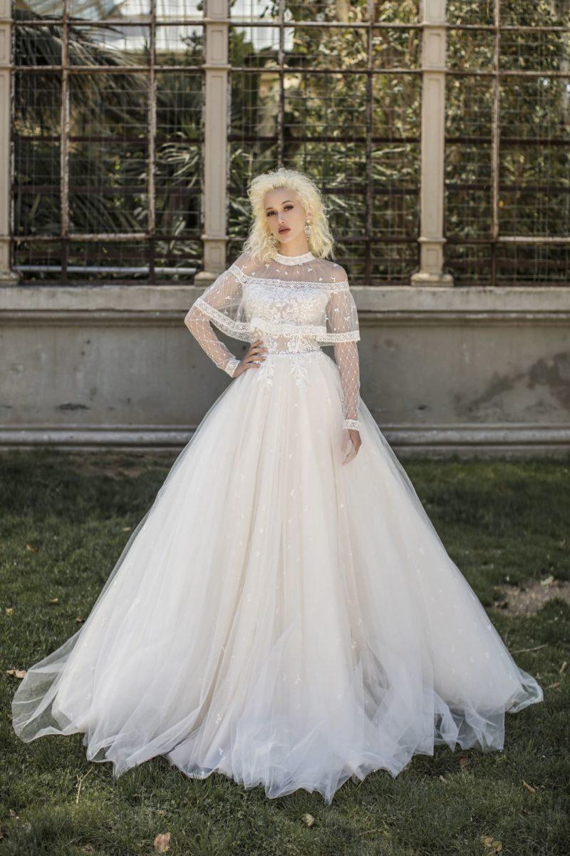 Свадебное платье с шикарным силуэтом