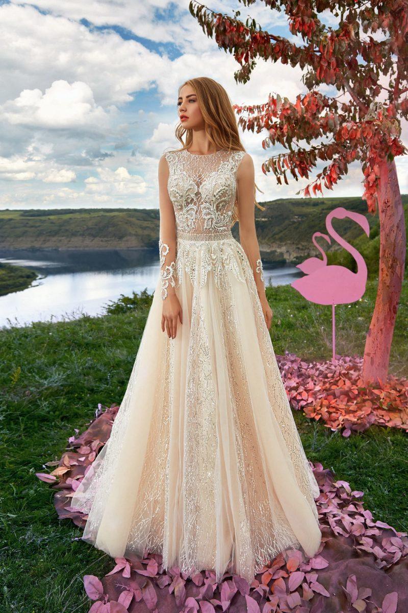 Блистательное свадебное платье с изящным А-силуэтом
