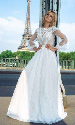 Свадебное платье с прозрачным рукавом