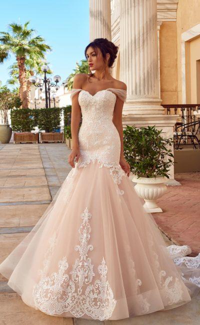 Изысканное платье «русалка»