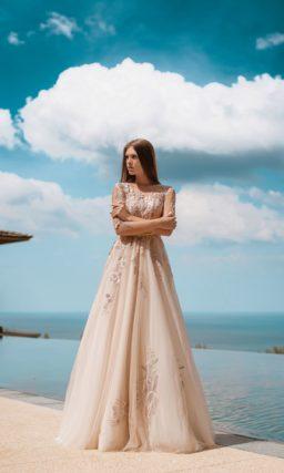 Свадебное платье из пудрового фатина