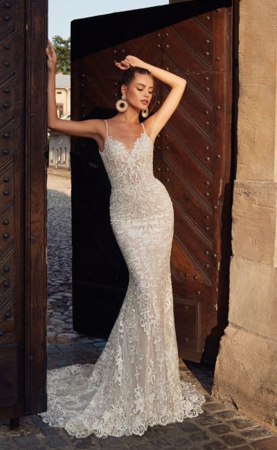 Облегающее платье силуэта «русалка»