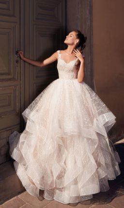 Красивое пышное свадебное платье