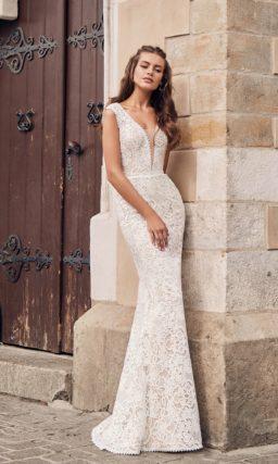 Кружевное белое свадебное платье