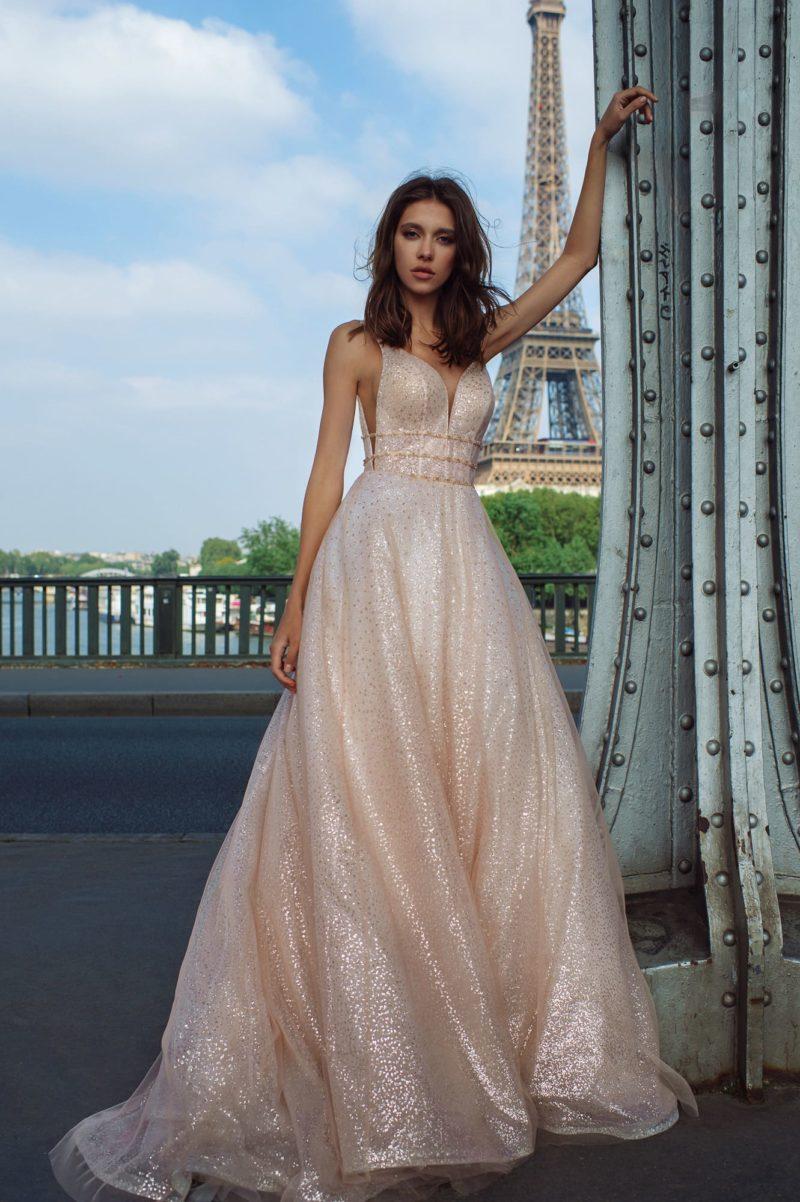 Свадебное розовое блестящее платье