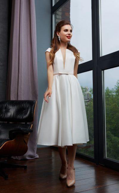 Женственное свадебное платье миди
