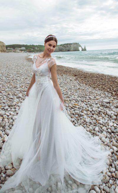 Необычное свадебное платье-трансформер