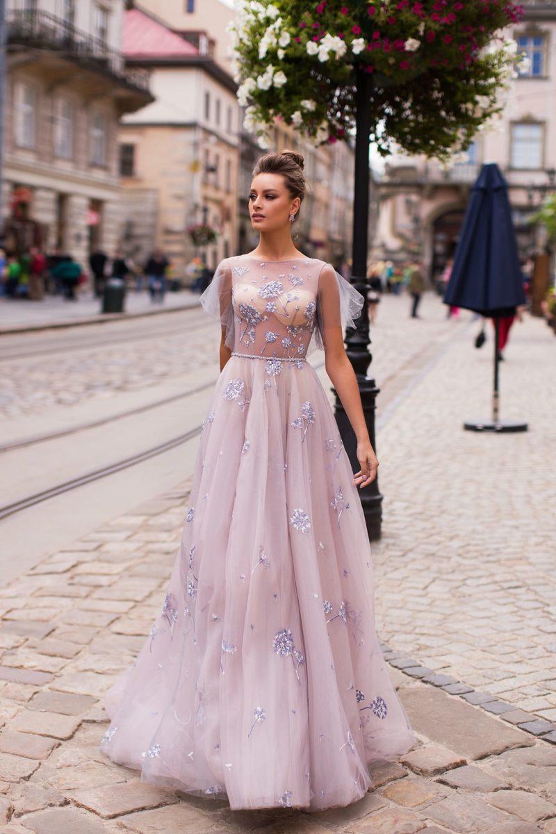 вечернее платье нежного сиреневого оттенка