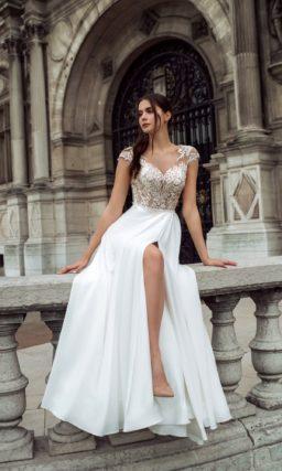 Легкое свадебное платье прямого кроя