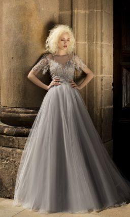 Дымчато-серебристое свадебное платье