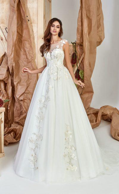 Платье А-силуэта из белоснежного шифона
