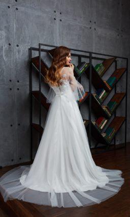 Свадебное платье с рукавами три четверти