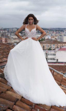 свадебное платье с открытым верхом