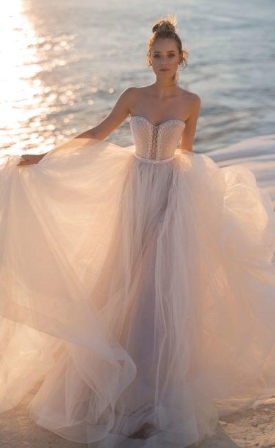воздушное платье пудрового оттенка