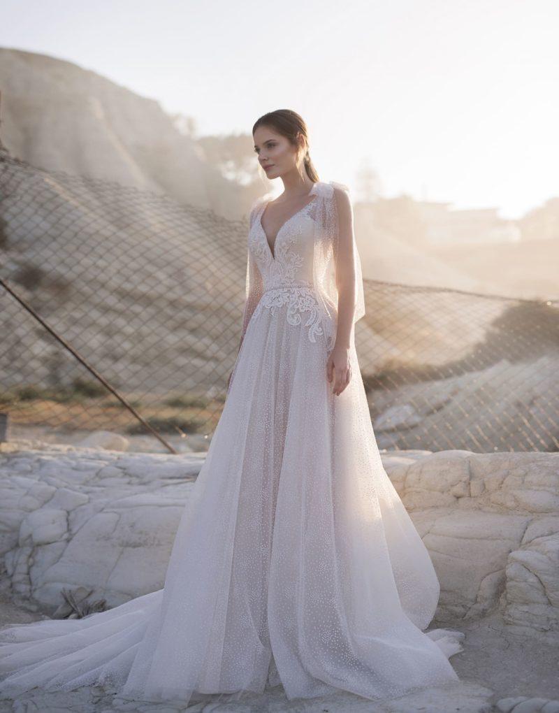 Сказочное платье А-силуэта