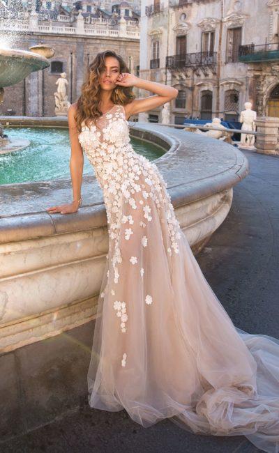 свадебное платье стильного оттенка пудра