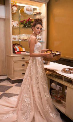 свадебное платье в цвете беж