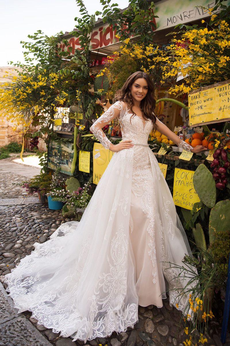 Модное свадебное платье-трансформер