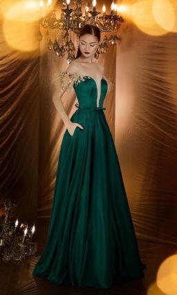 Шикарное вечернее платье изумительного глубокого изумрудного оттенка