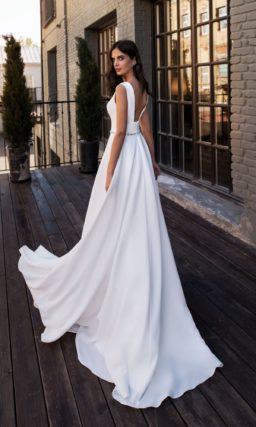 Современное прямое свадебное платье