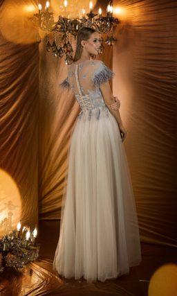 Платье с жемчужно-серым верхом