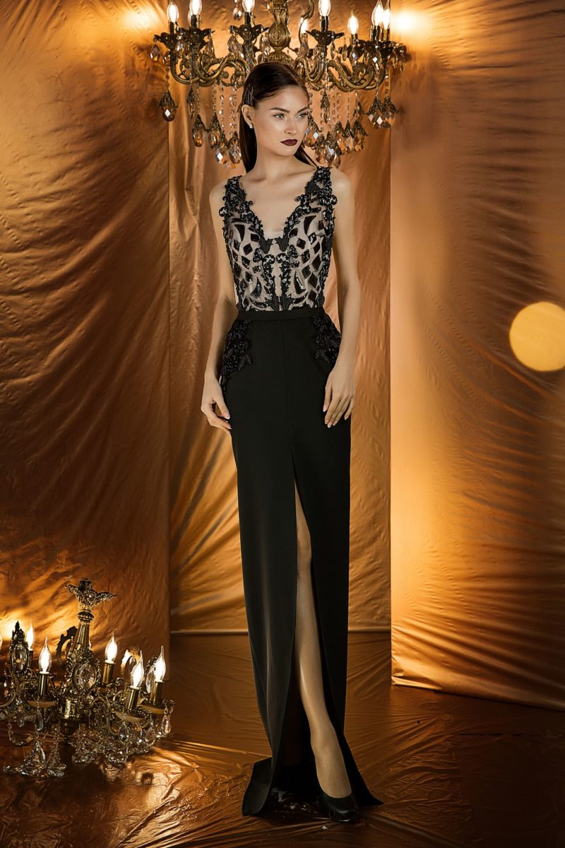 вечернее платье с узкой прямой юбкой в пол шоколадного оттенка
