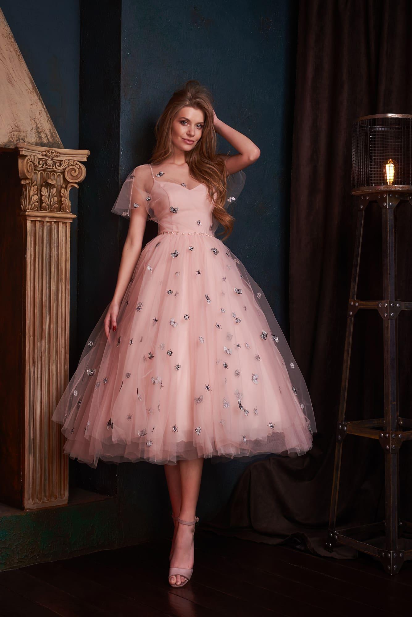 04c60845355 Вечернее платье Lanesta Okka ▷ Свадебный Торговый Центр Вега в Москве