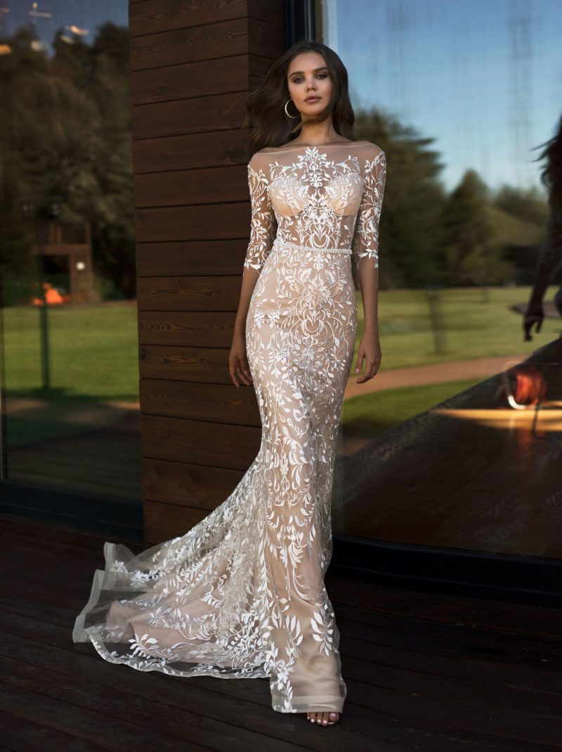 Ажурное свадебное платье в стиле nude