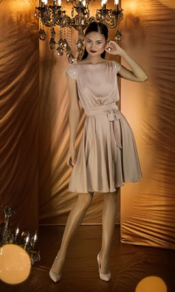 Шелковое коктейльное платье