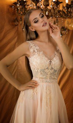 Воздушное и легкое вечернее платье
