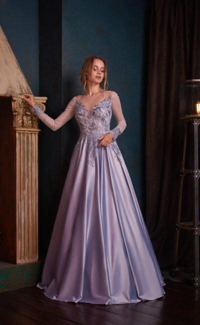 Элегантное вечернее платье с длинными рукавами
