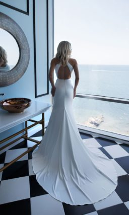 Лаконичное платье русалка