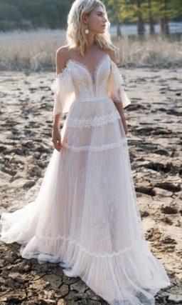 женственное свадебное платье со спущенными рукавами