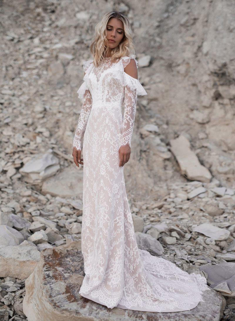 Необычное кружевное платье