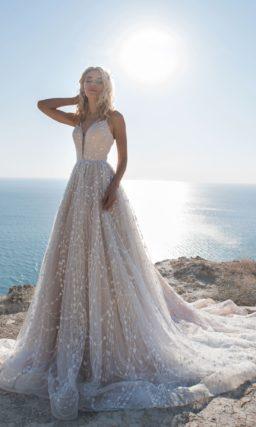 Оригинальное свадебное платье оттенка пудра